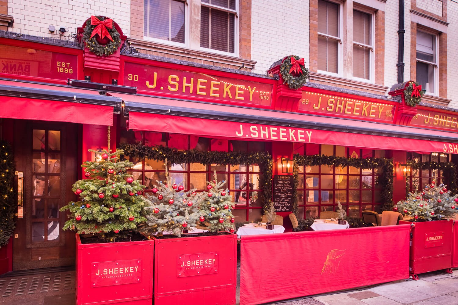Terrace Dining in Leicester Square at J Sheekey, Fish and Shellfish Restaurant in London