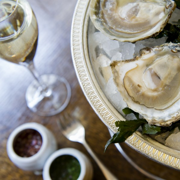 LFW: Oysters & Pol Roger Pure Champagne